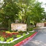 Arlington Oaks Apartment Entrance