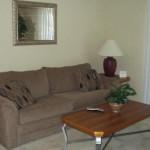 Arlington Oaks Apartment Living Room