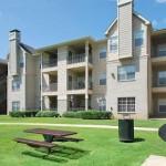 Chesterfield Apartment Garden
