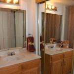 Fielder Crossing Condos Apartment Bathroom