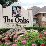 Oaks of Arlington Apartment Entrance