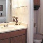 The Enclave At Arlington Aparment Bathroom