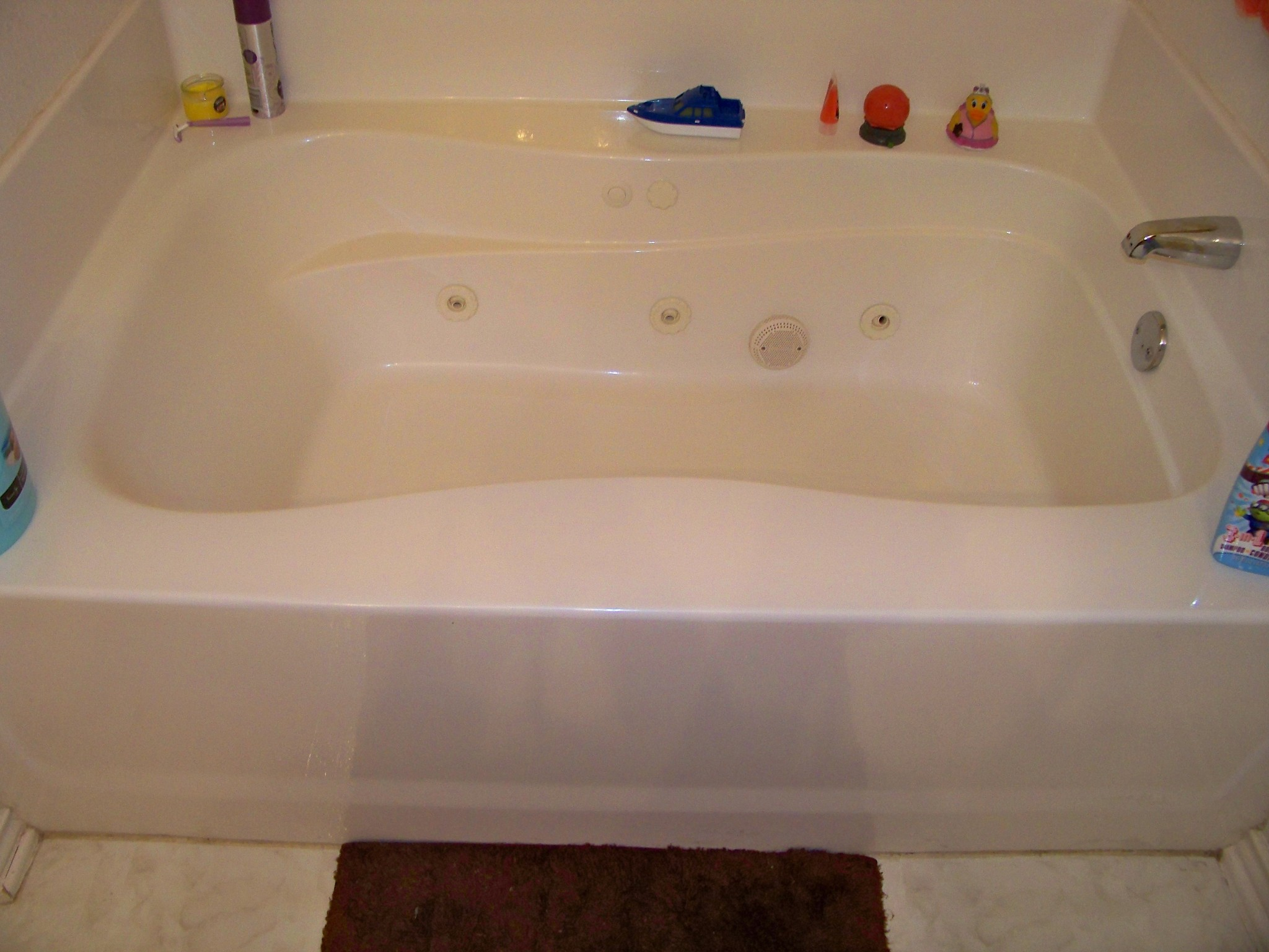 Jetted Garden Tub